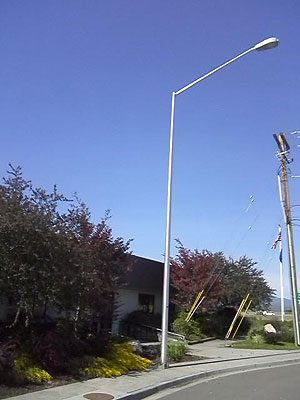 metal lighting pole